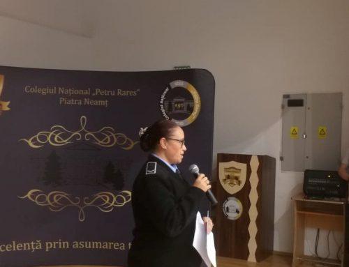 POLIȚIA LOCALĂ PIATRA NEAMȚ: Elevii informați cu privire la riscurile consumului de droguri și asupra violenței școlare.