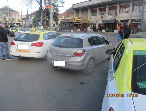 POLIȚIA LOCALĂ PIATRA NEAMȚ: Sancțiuni pentru transportul în regim taxi și pentru transportul public local
